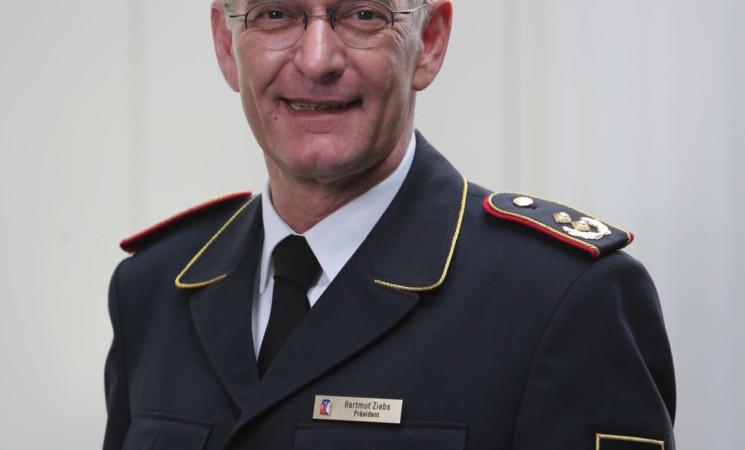 Feuerwehr-Präsident zu Gast bei den Wehren im Kreis Biberach