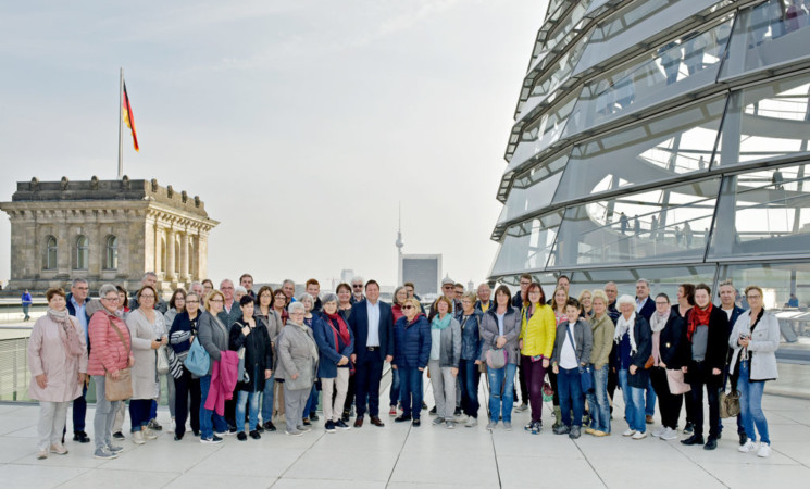 """Mitglieder des Weingartener Studentenwerks """"Weiße Rose"""" in Berlin"""
