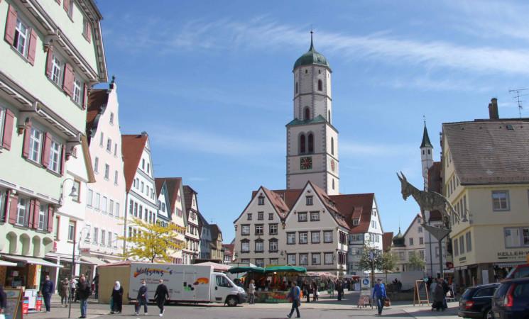 Denkmalschutzförderung des Bundes: 1,1 Mio. Euro für zwei Kirchen, die Öchsle-Bahn und das Schloss Montfort