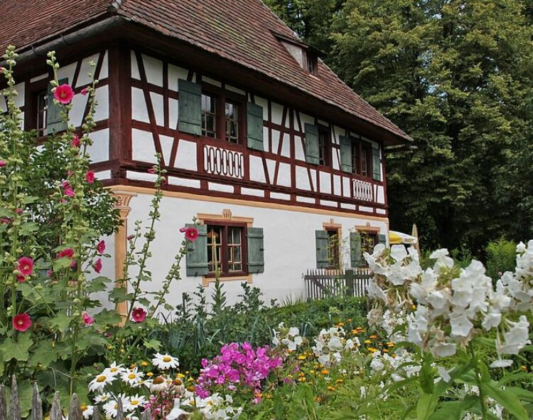 Bund unterstützt Bauernhaus-Museum Allgäu-Oberschwaben Wolfegg mit einer Förderung von 11.000 Euro