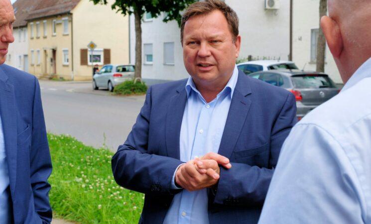 Bund investiert am Standort Laupheim: 8,2 Mio. Euro für das Hubschraubergeschwader 64
