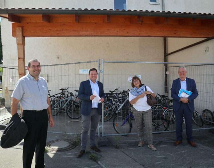 MdB Martin Gerster besucht Martinusladen
